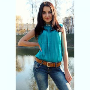 Lena from Lugansk