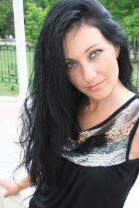 Dating ukrainian women Tamila from Krivoy Rog with Dark Brown hair 46yo